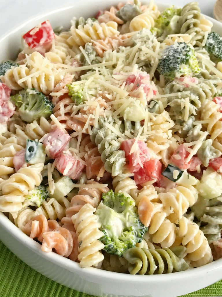 Ranch pasta salad together as family for Easy ranch
