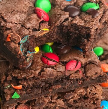Chocolate Fudge Brownie Cookie Bars | Homemade Brownies | Brownie Recipes | Cookie Bars | Chocolate Fudge Recipe | Dessert Recipes #dessertrecipes #brownierecipes #homemadebrownies
